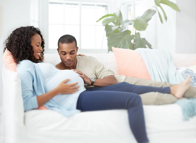 Femmes grossesse les naus es r duiraient le risque de fausse couche crtv - Amniocentese risque fausse couche ...