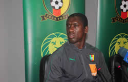 Le coach Seedorf parle de son capitaine contre le  Malawi